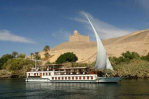 тур на катере по Нилу