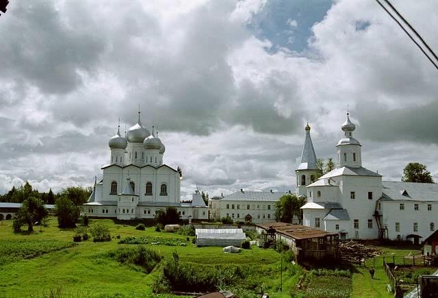 Валдайский Иверский Святоозерский мужской монастырь