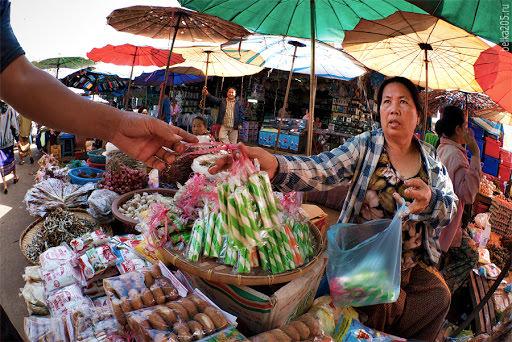 Dao Ruang  market, Laos, Pakse.