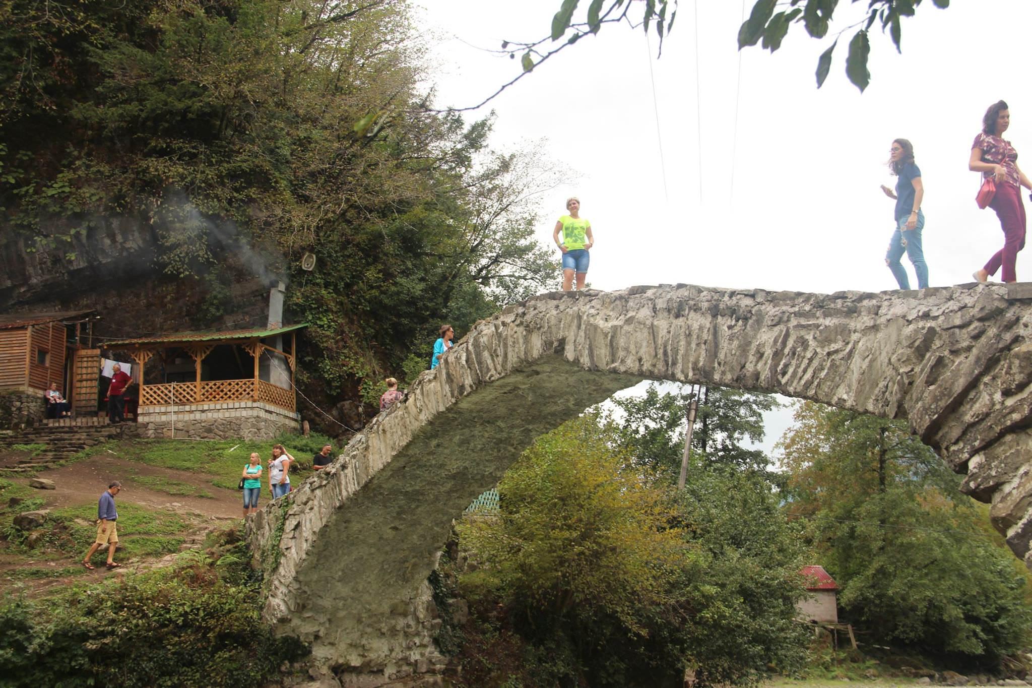 Арочный мост Царицы Тамары