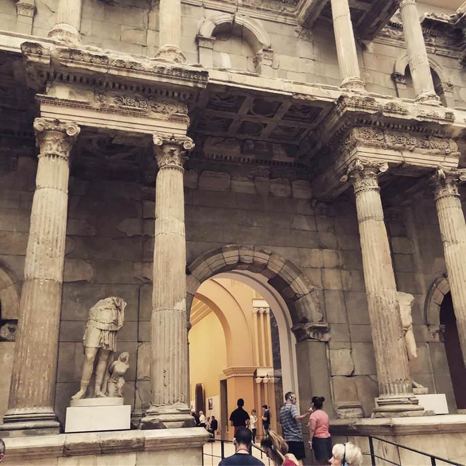 Ворота Милетского рынка (2 век н.э.).